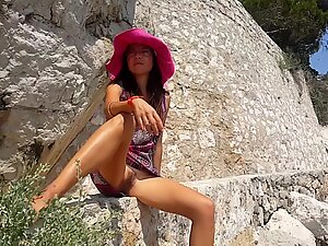 NO PANTIES in PUBLIC on Turistic Trail