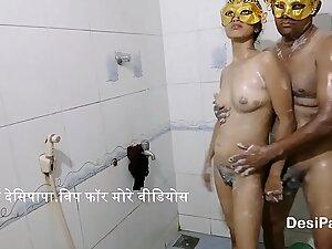 Hot Desi Indian Bhabhi Ki Sexy Shower Mai Mast Chudai