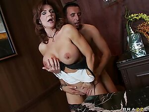 Scorching hot Deauxma enjoys the warmth of her lover's jizz on her mouth